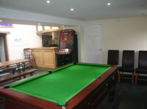 The childrens/games room.